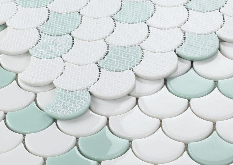 Dragon Scale Glass Green Mosaic