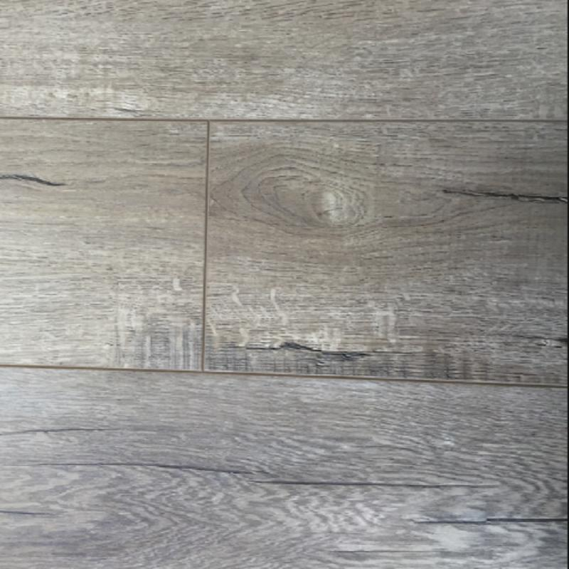 European Plus Collection Amsterdam 7.5xfree length, Embossed, Laminate