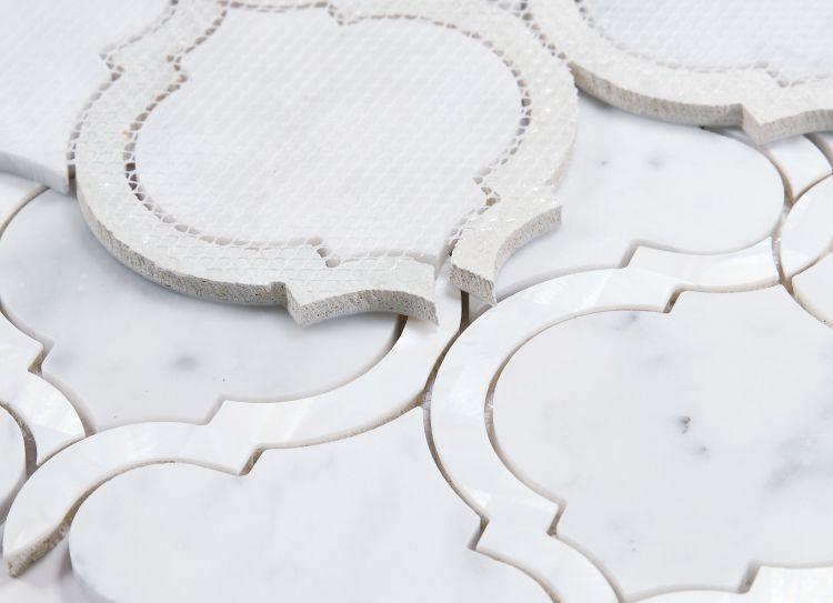 Alice Pearl Carrara Arabesque Glass   Mosaic