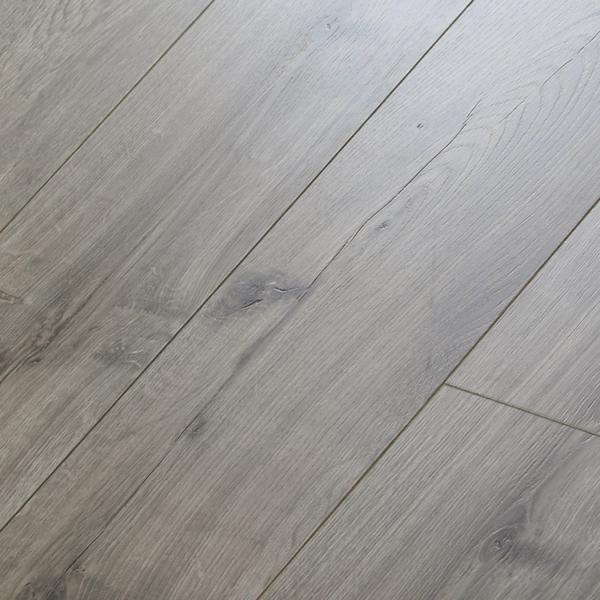Mega Clic Vintage White Oak Collection, Ultra Clic Laminate Flooring